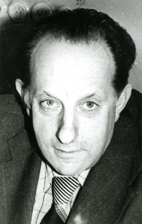 Основатель лаборатории физики плазмы в ФТИ академик В.Е. Голант